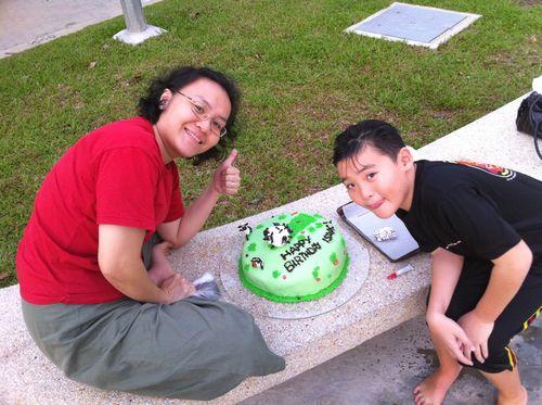 Shaun cake 6